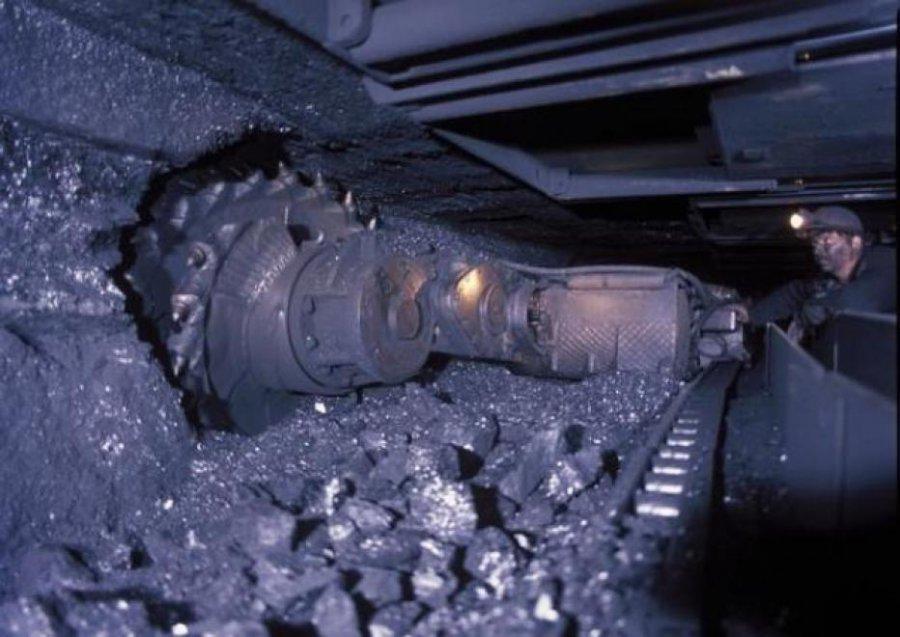Горно шахтное оборудование в Кемерово молотковые дробилки смд в Сальск