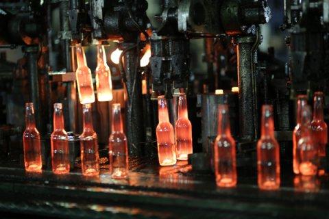 Объемы выпуска стеклотары на промплощадке АО «Завод «Экран» выросли на треть