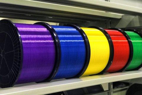 АО «Оптиковолоконные Системы» сообщает о запуске линии по покраске оптического волокна