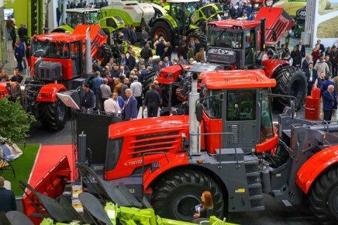 Петербургский тракторный завод представил итоговый продукт пятилетней модернизации сельскохозяйственных тракторов