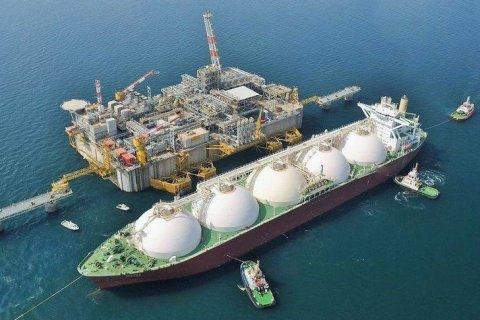 Строительство плавучего терминала по хранению и регазификации СПГ в порту Калининграда завершилось