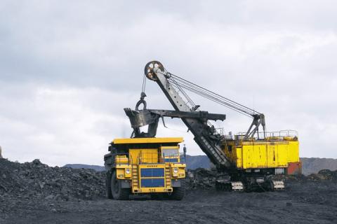 Государство и бизнес объединили усилия для развития добывающей промышленности и тяжёлого машиностроения России